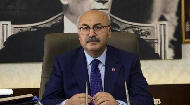 """İzmir Valisi Köşger: """"Korona virüs vaka sayısı son 10 günde ikiye katlandı"""""""