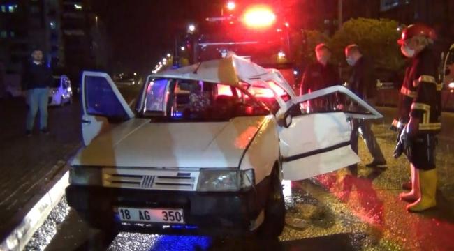 Kırıkkale'de Trafik Kazası! Ekipler, araçta sıkışan sürücüyü kurtarmak için zamanla yarıştı