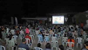 Mersin'de anne ve çocukları için yazlık sinema etkinliği