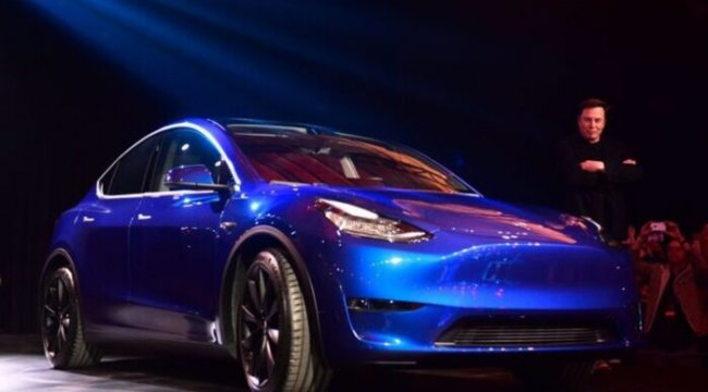 Tesla 7 koltuklu Model Y ile geniş ailelerin kalbini çalacak