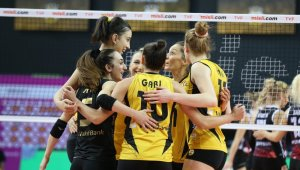VakıfBank seriyi sekiz maça çıkardı