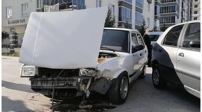 Aksaray'da otomobiller çarpıştı: 1 yaralı