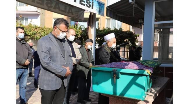 Alaşehir'in tarihi çınarı Ayşe nine 107 yaşında vefat etti