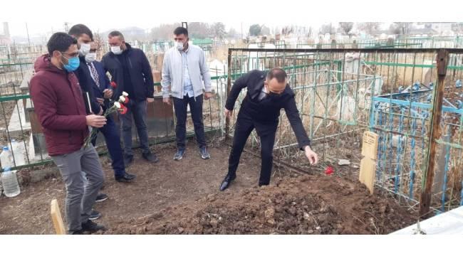 Ali Beyazoğlu mezarı başında anıldı