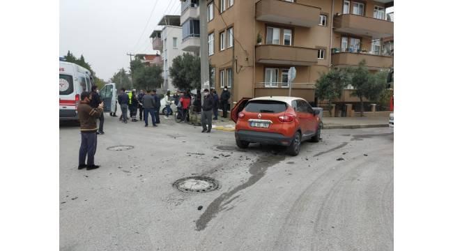Balıkesir'de 2 aracın karıştığı trafik kazası