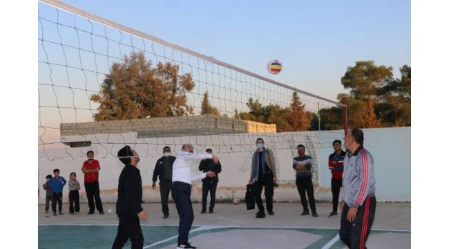 Barış Pınar bölgesinde voleybol maçı