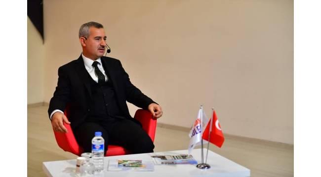 Başkan Çınar, 'kariyer günleri' programına katıldı