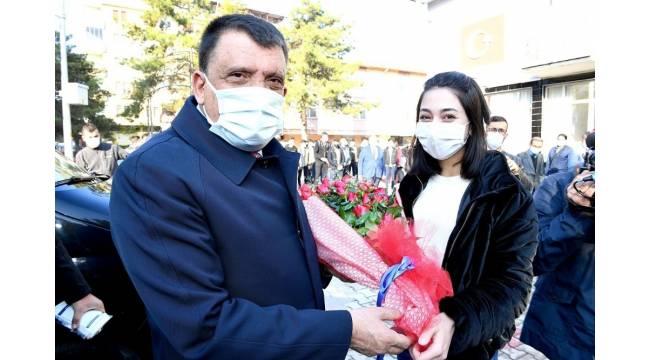 Başkan Gürkan öğrencilerle buluştu