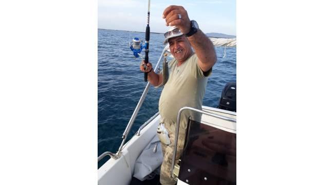 Batan teknede kaybolan balıkçılın cesedi Limni sahilinde bulundu