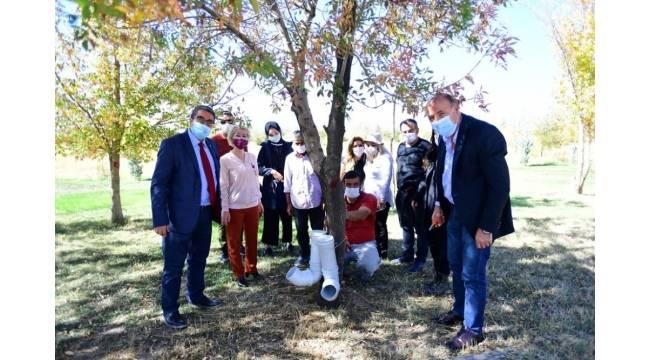 Birlik Vakfı Van Şubesinden YYÜ'deki sokak hayvanlarına destek