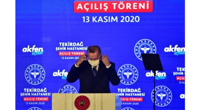 """Cumhurbaşkanı Erdoğan: """"Biz birileri gibi yaptıklarımızı ya da yapacaklarımızı sağa sola değil doğrudan milletimize anlatıyor, milletimizin icazetini alıyoruz"""""""