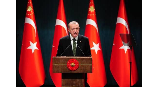 """Cumhurbaşkanı Erdoğan: """"Hafta sonları tedarik ve üretim zincirleri aksamayacak şekilde, saat 10.00 ile 20.00 saatleri dışında sokağa çıkma sınırlaması uygulanacak."""""""