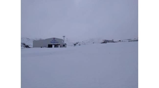 Denizli güne kar fotoğrafları ile uyandı