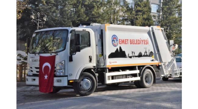 Emet Belediyesi yeni çöp kamyonu hizmete girdi