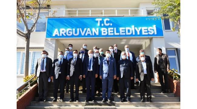 Gürkan'dan adil hizmet vurgusu