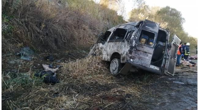 Kazada yaralanan 13 göçmenin tedavisi sürüyor