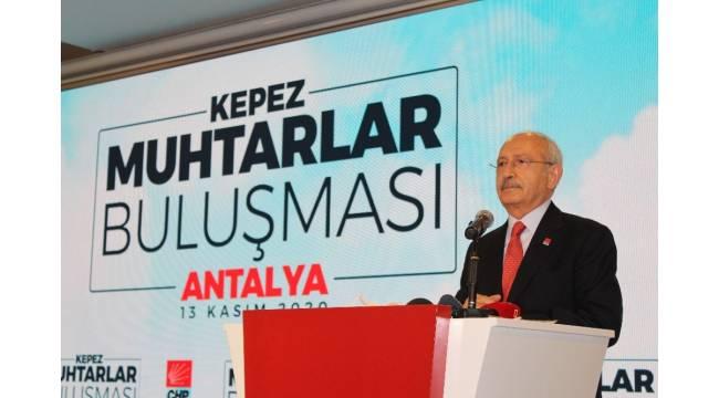 Kılıçdaroğlu, Antalya'da muhtarlarla buluştu