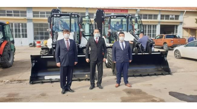 Köylere Hizmet Götürme Birlikleri'ne yeni hizmet araçları teslim edildi
