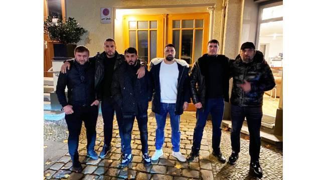 Müslüman dünya şampiyonu aşiret savaşlarını durdurdu