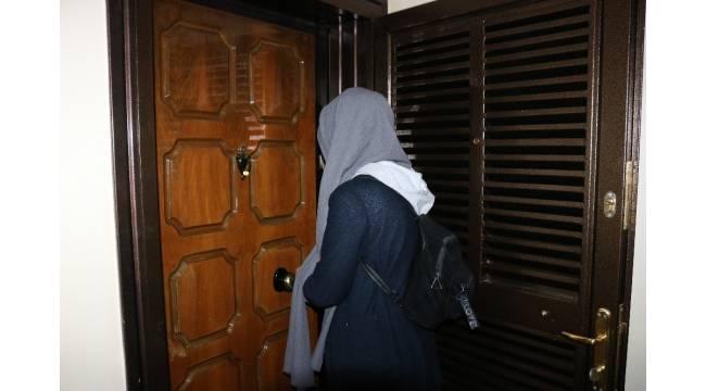 Sığınma evindeki arkadaşını evine aldı, kadın ve sevgilisi tarafından soyulduğunu iddia etti