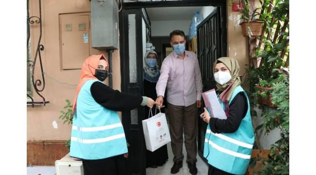Sultanbeyli Kaymakamlığı Covid-19 salgını sürecinde koruyucu ailelerin yanında
