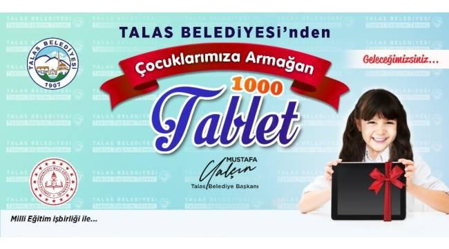 Talas'ta öğrenciler tabletlerine kavuşuyor