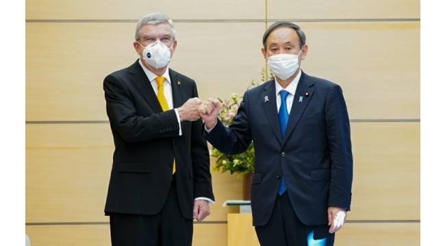 Uluslararası Olimpiyat Komitesi Başkanı Bach, Japonya Başbakanı Suga ile görüştü