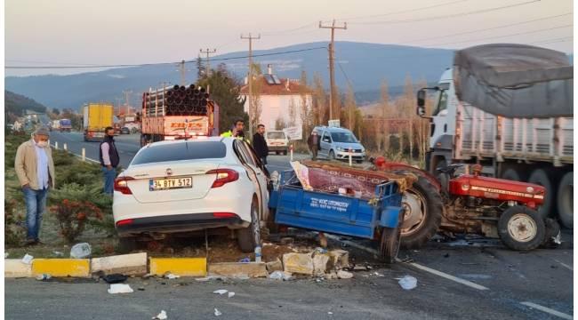 Uşak'ta trafik kazası; 1'i çocuk 4 yaralı