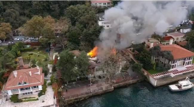 Vaniköy'de yanan tarihi cami havadan görüntülendi