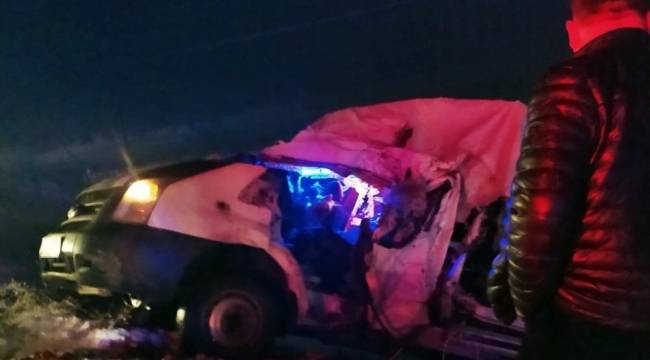 Yüksekova'da trafik kazası: 1 ölü, 1 yaralı