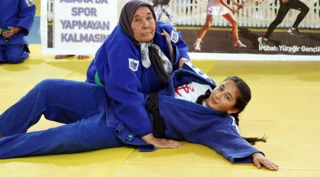 82 yaşındaki judocu nine korona virüse yenildi