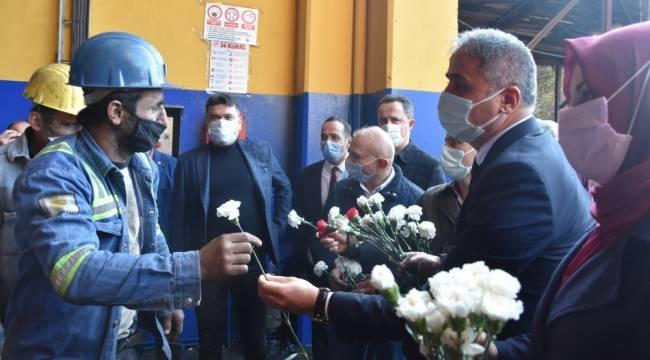 AK Parti, madencileri kutladı