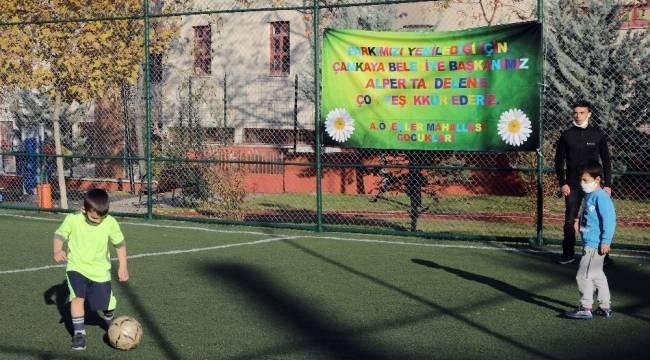 Çankaya Belediyesi pandemi döneminde de parkları yenilemeye devam ediyor