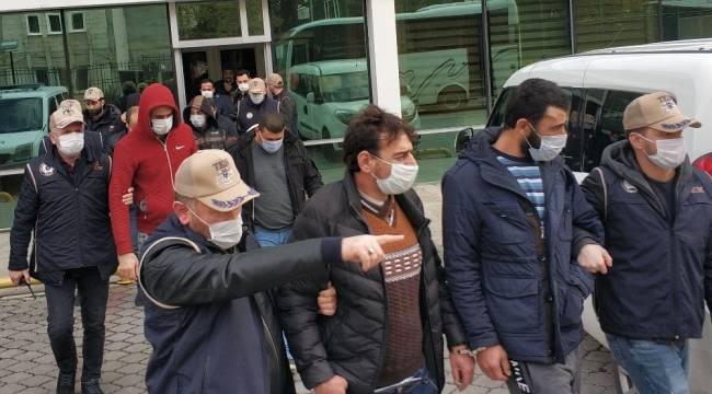DEAŞ'tan gözaltına alınan yabancı uyruklu 10 kişi adliyede