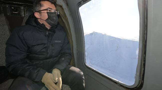 Erzurum Valisi sokağa çıkma kısıtlamasını havadan denetledi