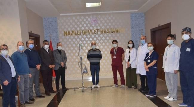 Hastaneye oksijen cihazı bağışladı