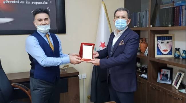İşadamı Celep'ten Menemen Devlet Hastanesine solunum cihazı