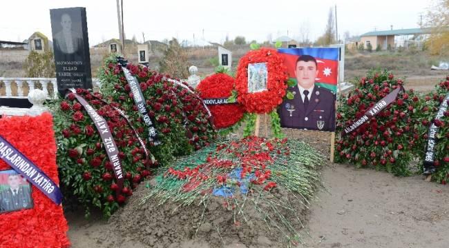 Karabağ savaşında babasını kaybeden Memmedova, ikinci Karabağ savaşında da eşini kaybetti