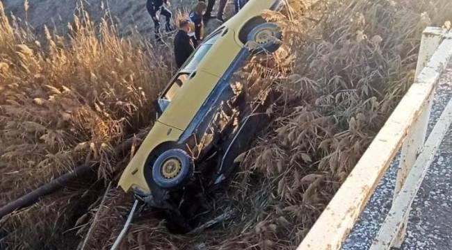 Kontrolden çıkan otomobil kanala düştü: 1 yaralı
