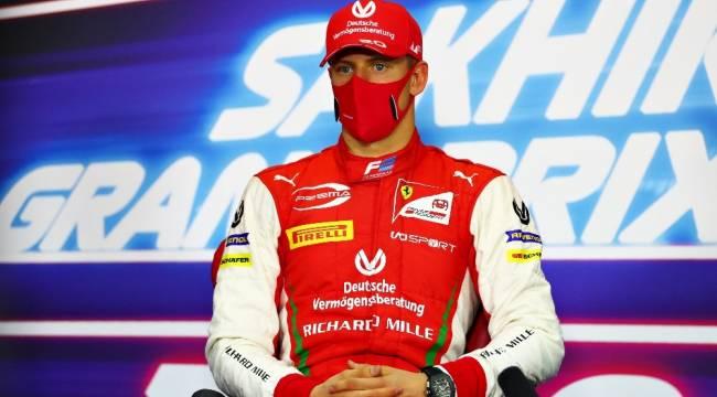 Mick Schumacher Formula 2'de şampiyon oldu