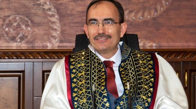 Rektör Prof. Dr. Şükrü Beydemir'in 5 Aralık mesajı