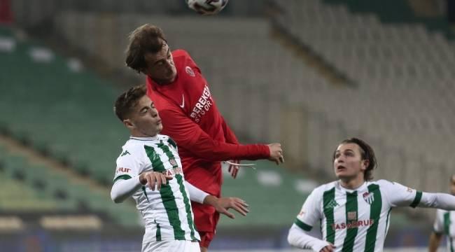TFF 1. Lig: Bursaspor: 0 - Ümraniyespor: 1