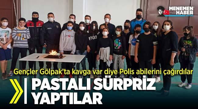 Menemenli sporcu gençlerden polis abilerine pastalı sürpriz