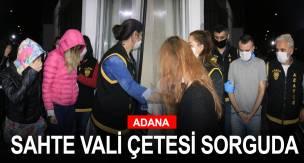 Adana polisi 3 ilde yaptığı operasyonda iş adamlarını arayıp kendilerini vali olarak tanıtıp entübe cihazı alacaklarını söyleyerek 60 bin lira dolandırdığı öne ...