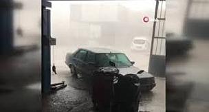 Antalya Kumluca'daki fırtınada 1 kişi hayatını kaybetti