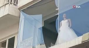 İzmir depremi Kuşadası'nı da fena salladı