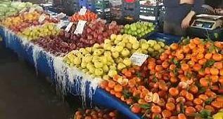 Menemen Pazar yerinden Görüntüler ve Menemen pazarının fiyatları www.menemenhaber.com.tr