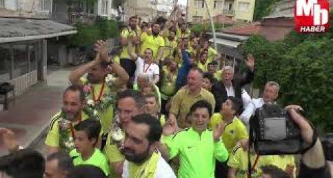 Şampiyon Menemenspor'un Kupa Kutlaması